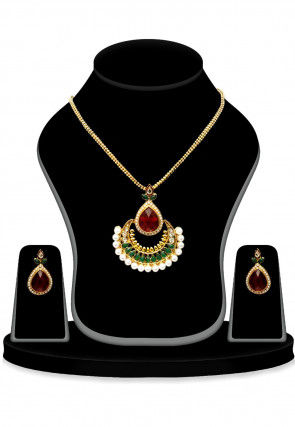Stone Studded Pendant Set in Multicolor
