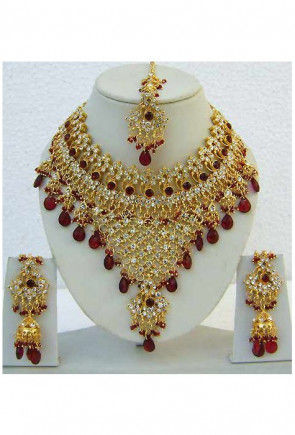 Stone Studded Necklace in Maroon and Golden