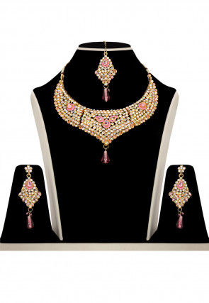 Stone Studded Necklace Set in Pink