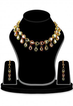 Kundan Necklace Set in Multicolor
