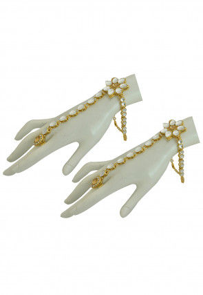 Kundan Adjustable Pair of Haathphools