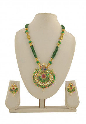 Kundan Enamel Filled Necklace Set