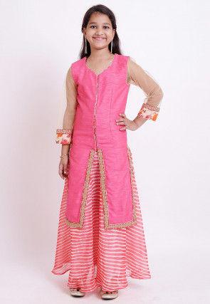 Leheriya Printed Bhagalpuri Silk Lehenga in Peach