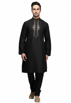 Hand Embroidered Neckline Cotton Kurta Set in Black