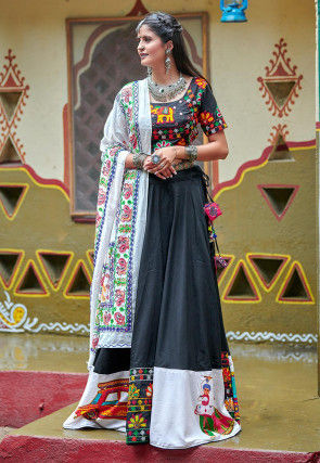 Navaratri Special Cotton Lehenga in Black and White