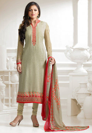 Plain Crepe Straight Cut Suit in Green