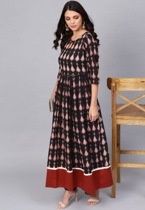 Printed Cotton A Line Kurta in Black