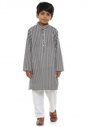 Printed Cotton Kurta Pajama Set in Black and White