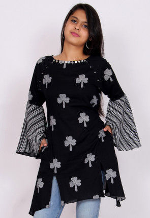 Printed Cotton Slitted Tunic in Black