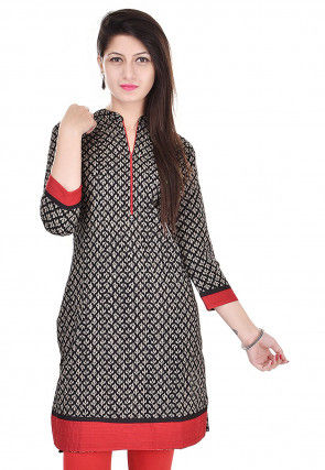 Printed Cotton Straight Kurti in Black