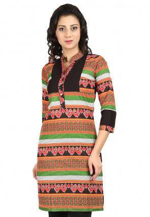 Printed Cotton Straight Kurti in Multicolor