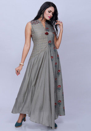 Printed Muslin Silk Pleated Gown in Grey