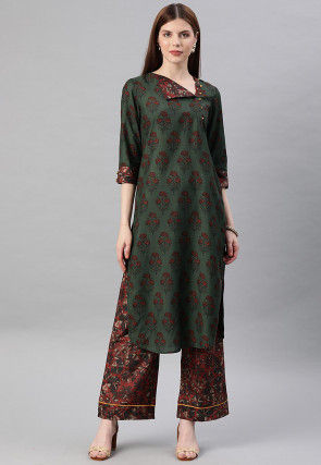 Printed Straight Kurta Set in Green