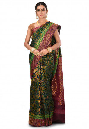 Pure Gadwal Silk Handloom Saree in Dark Green