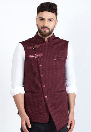 Quilted Viscose Rayon Asymmetric Nehru Jacket in Maroon
