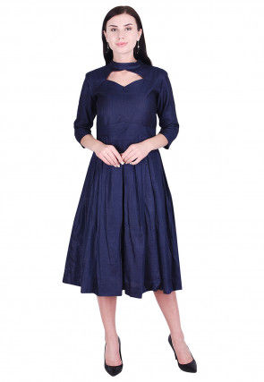 Solid Color Art Silk Pleated Dress in Navy Blue