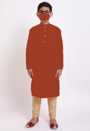 Solid Color Cotton Kurta Set in Maroon