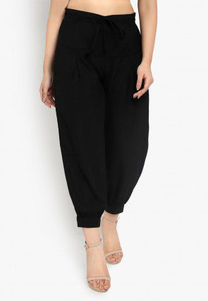 Solid Color Polyester Cropped Joggers Pant in Black