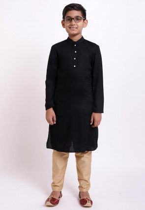 Solid Color Rayon Kurta in Black