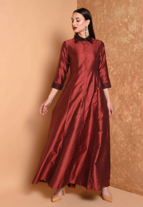 Solid Color Taffeta Silk Kurta in Maroon