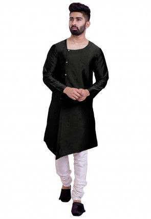 Solid Color Taffeta Silk Kurta Set in Black