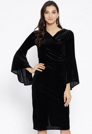 Solid Color Velvet Dress in Black