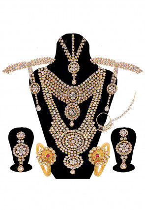 Stone Studded Bridal Set