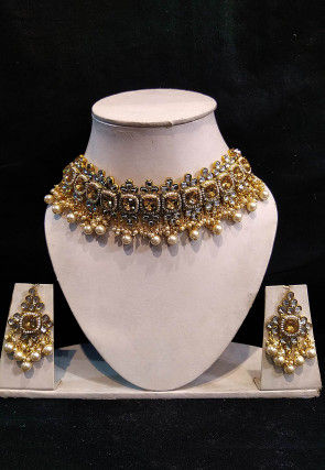 Stone Studded Choker Necklace Set