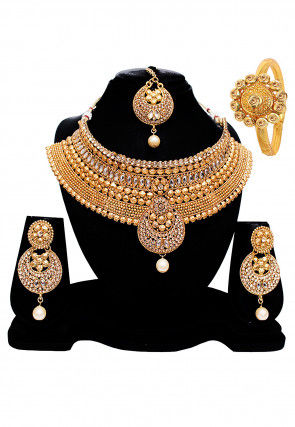 f4c26ceecf0 Necklaces for Women  Buy Indian Necklace Jewelry Set Online