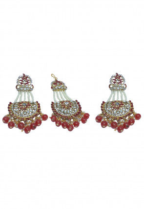 Stone Studded Earrings Set