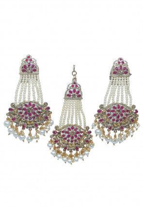 Stone Studded Earrings Set