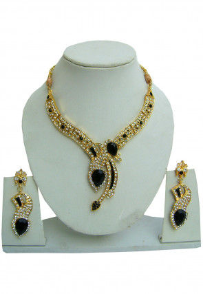 Stone Studded Enamel Filled Necklace Set
