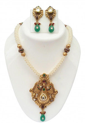 Stone Studded Gold Plated Necklace Set