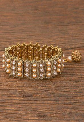 Stone Studded Openable Bracelet