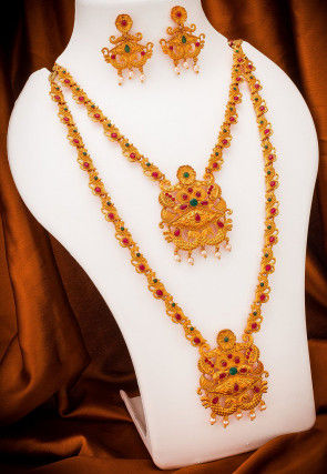 Stone Studded Temple Necklace Set