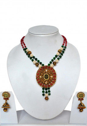 Stone Studded Thewa Necklace Set