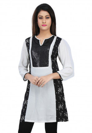 Printed Crepe Kurti in Black and White