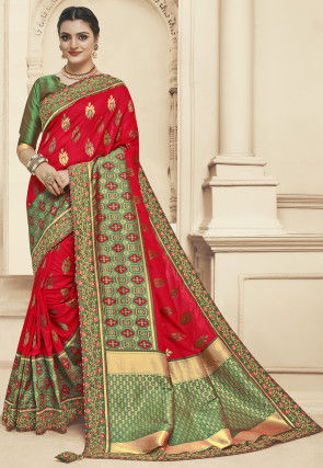 Woven Art Silk Jacquard Saree in Red and Green