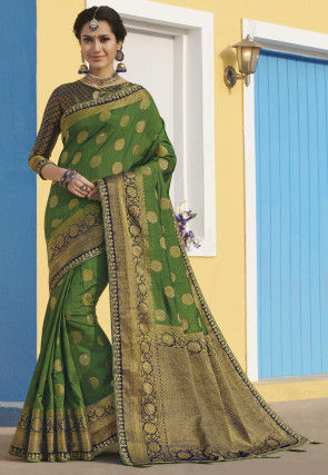 Woven Art Silk Saree in Green
