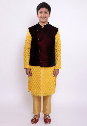 Woven Chanderi Silk Jacquard Kurta Set in Yellow and Maroon
