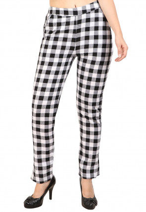 Woven Cotton Pant in Black and White