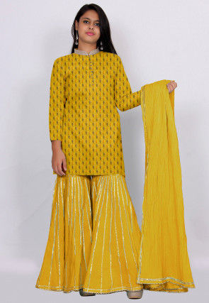 Woven Crepe Pakistani Suit in Yellow