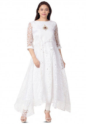 Woven Net Brasso Asymmetric Kurta in White