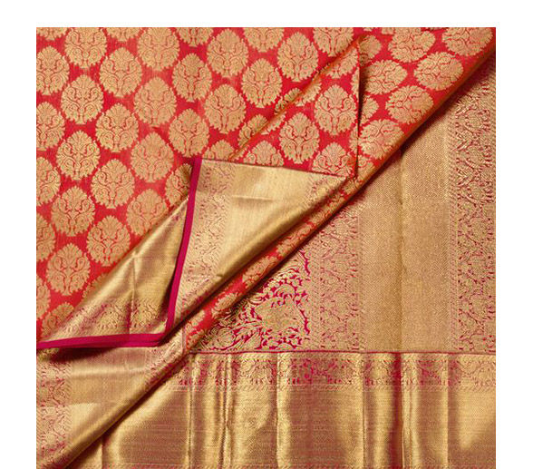 Upto 70% Off on Onam Collection of  Kanchipuram Silk Sarees in bright hues.Celebrate!