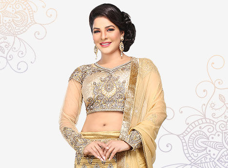 Choose from the largest collection of Lehengas in Plus Size.